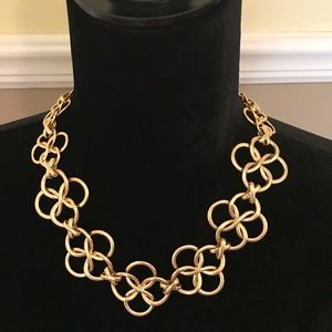 Stella and Dot Crosby linked necklace